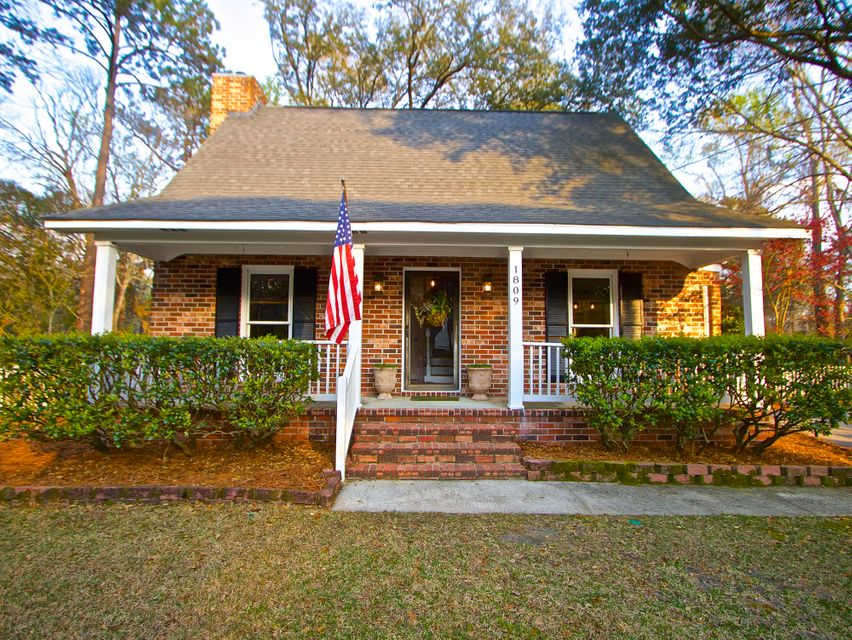 1809  Kempton Avenue Charleston, SC 29412