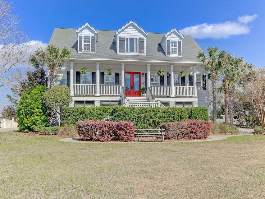 591 Island Walk Mount Pleasant, SC 29464