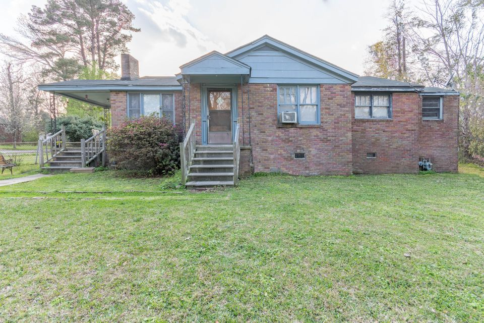 2169  Easy Street North Charleston, SC 29406