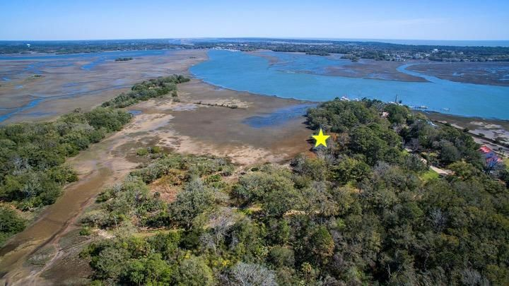7083 Whistling Alligator Way Johns Island, SC 29455