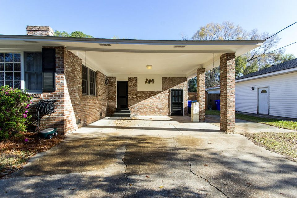 2460 Two Oaks Drive Charleston, SC 29414