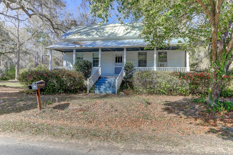 5942  Martin Street Ravenel, SC 29470