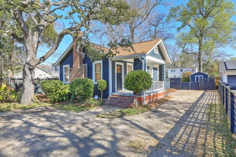 107  Magnolia Rd. Charleston, SC 29407
