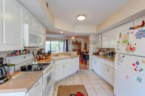 1770 Parc Vue Avenue Mount Pleasant, SC 29464