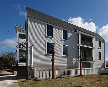 213  Line Street Charleston, SC 29403