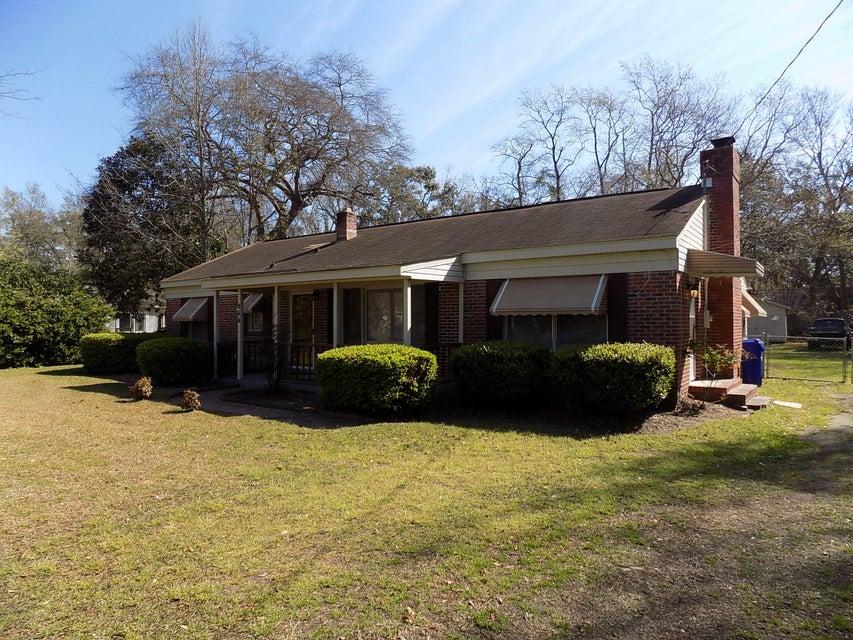 944  Pauline Avenue Charleston, SC 29412