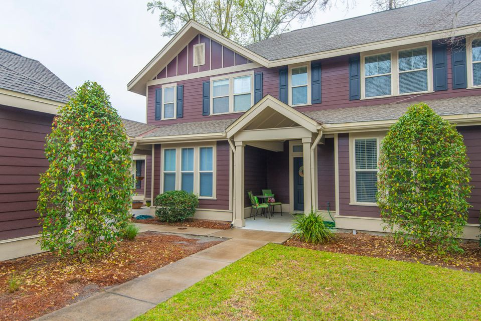5532  Colonial Chatsworth Circle North Charleston, SC 29418