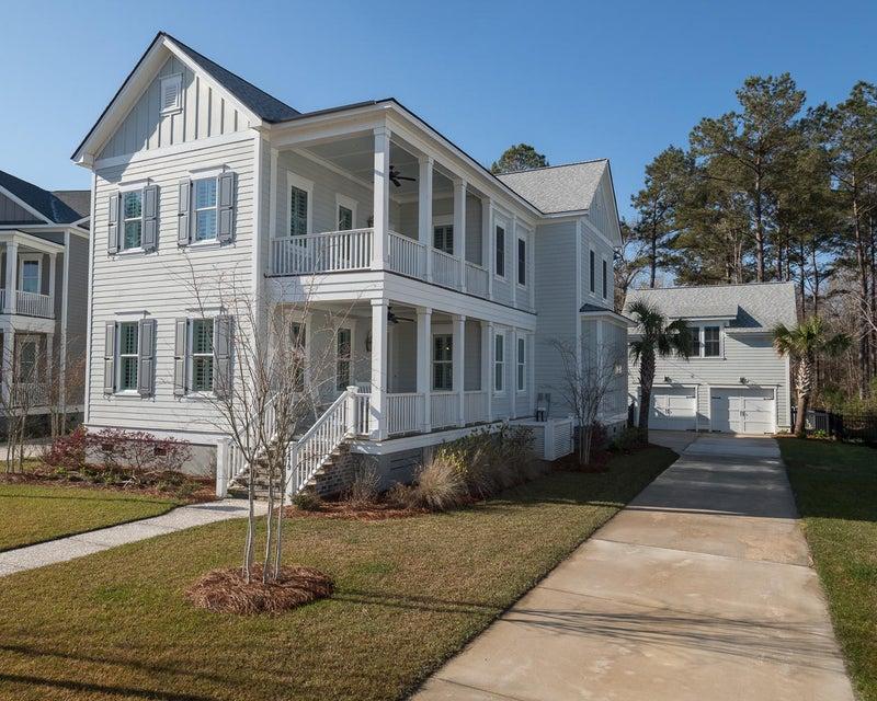 1479  Edgemoor Avenue Mount Pleasant, SC 29466