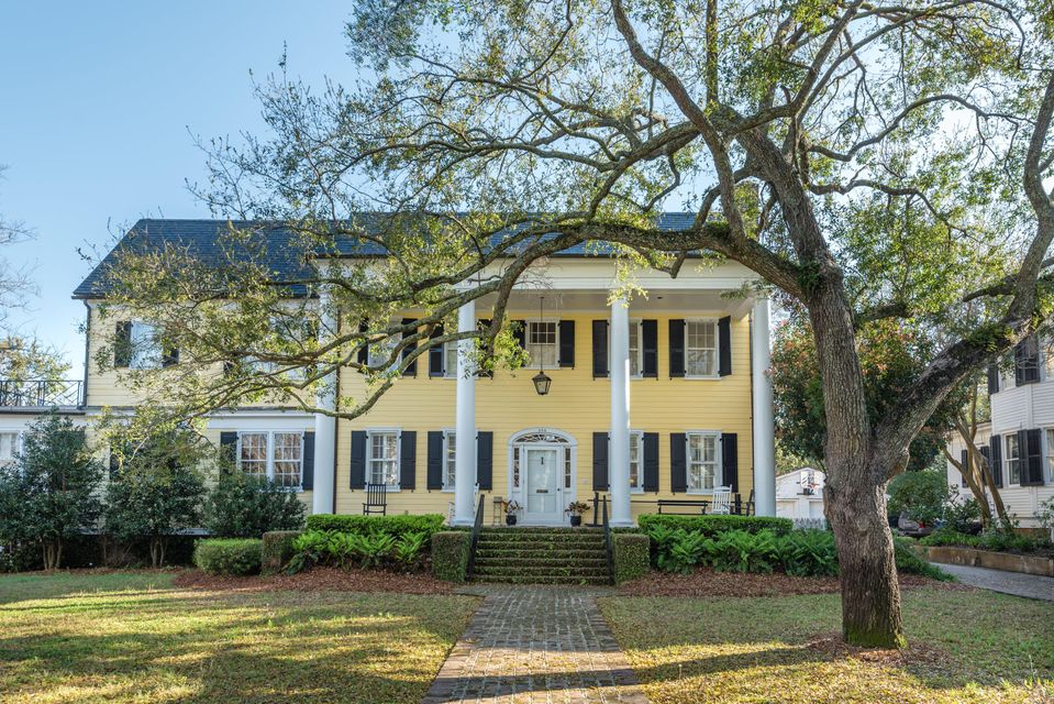 Old Village Homes For Sale - 202 Pitt, Mount Pleasant, SC - 9