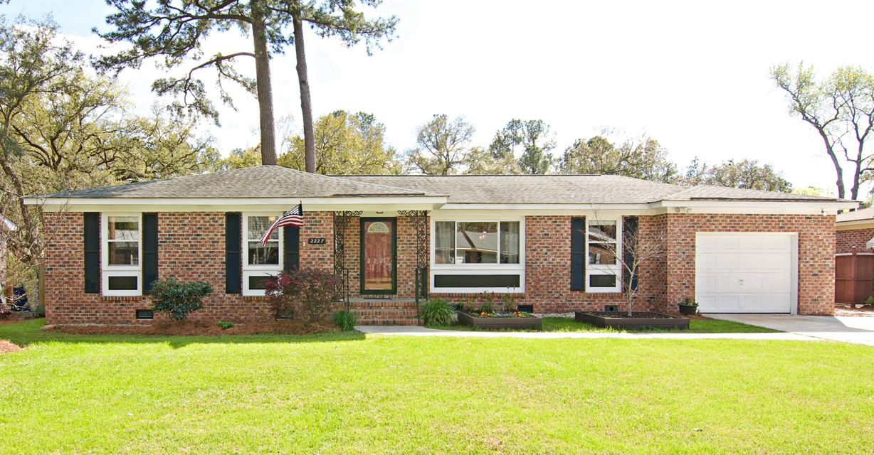 2227 S Dallerton Circle Charleston, SC 29414