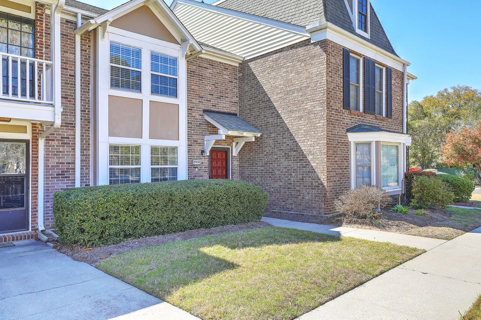 2930  Cheltenham Lane Charleston, SC 29414
