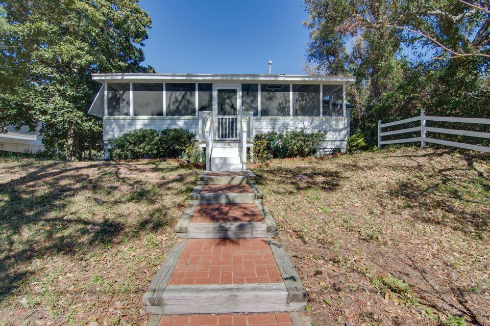 806 E Ashley Avenue Folly Beach, SC 29439