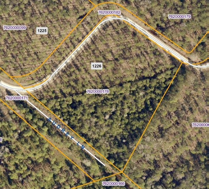 9b Bootsie Way Road Mcclellanville, SC 29458