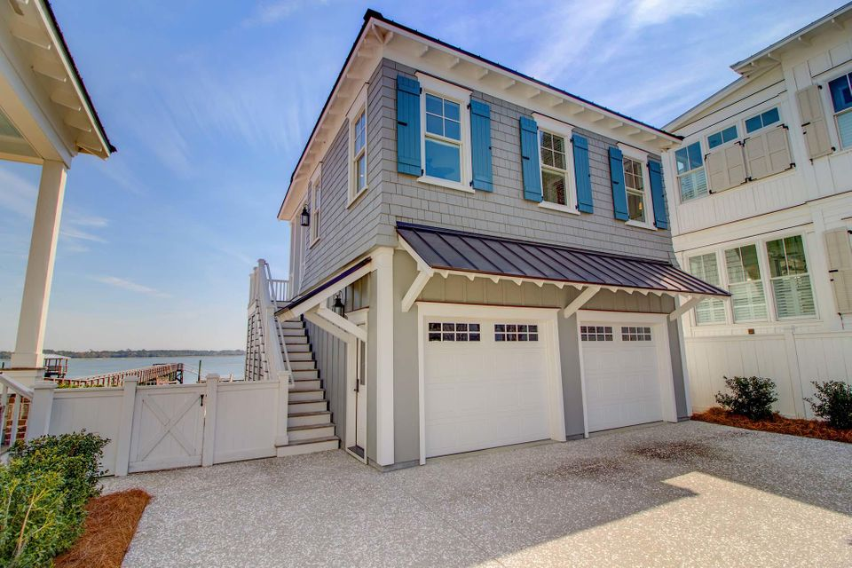1484 Wando View Street Charleston, SC 29492