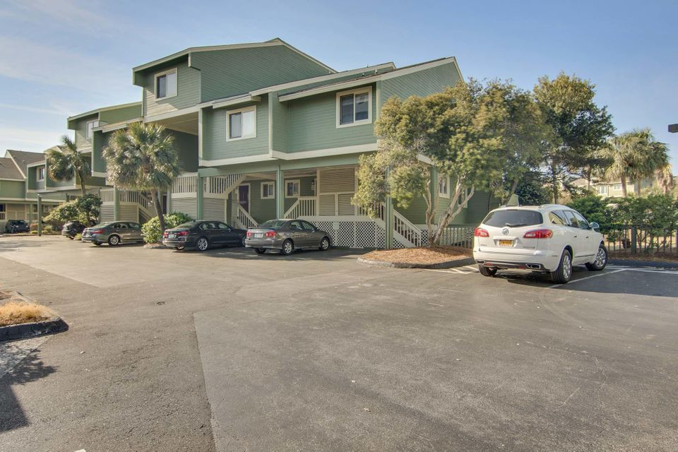 4  Mariners Walk Isle Of Palms, SC 29451