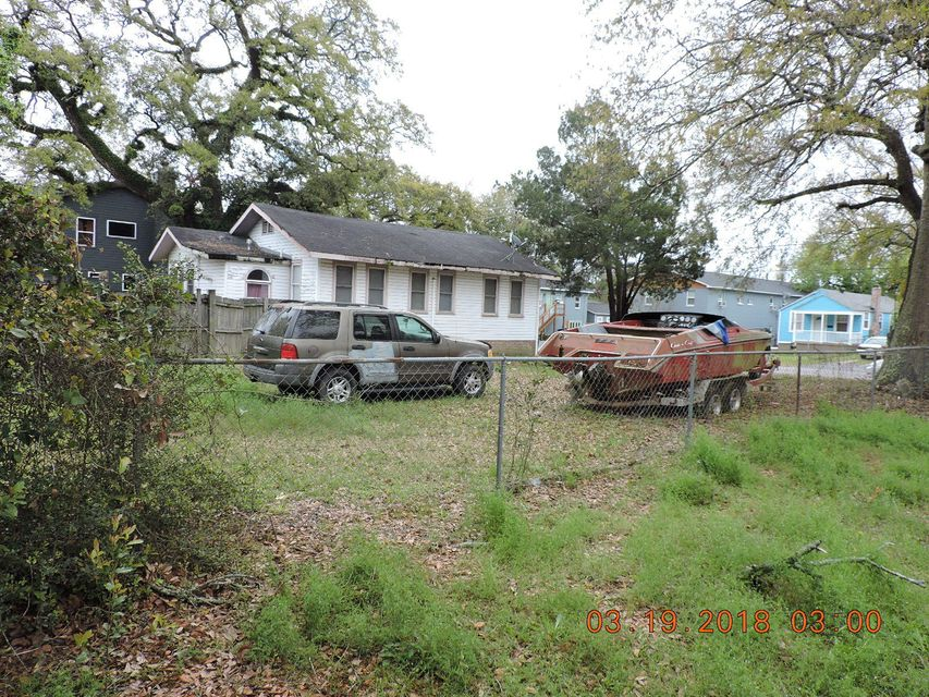 1082  Bexley Street North Charleston, SC 29405
