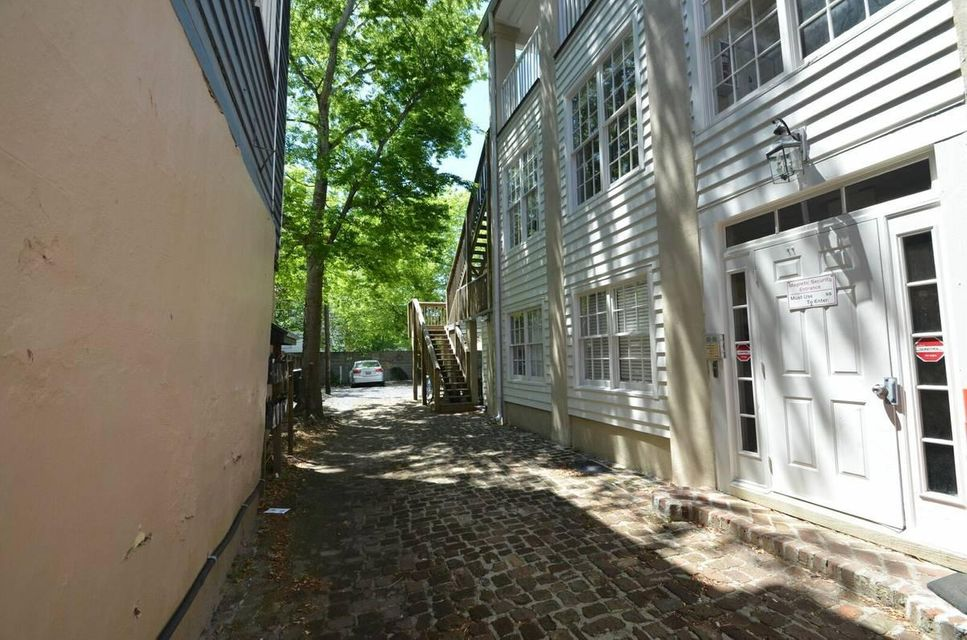 15  Coming Street Charleston, SC 29401