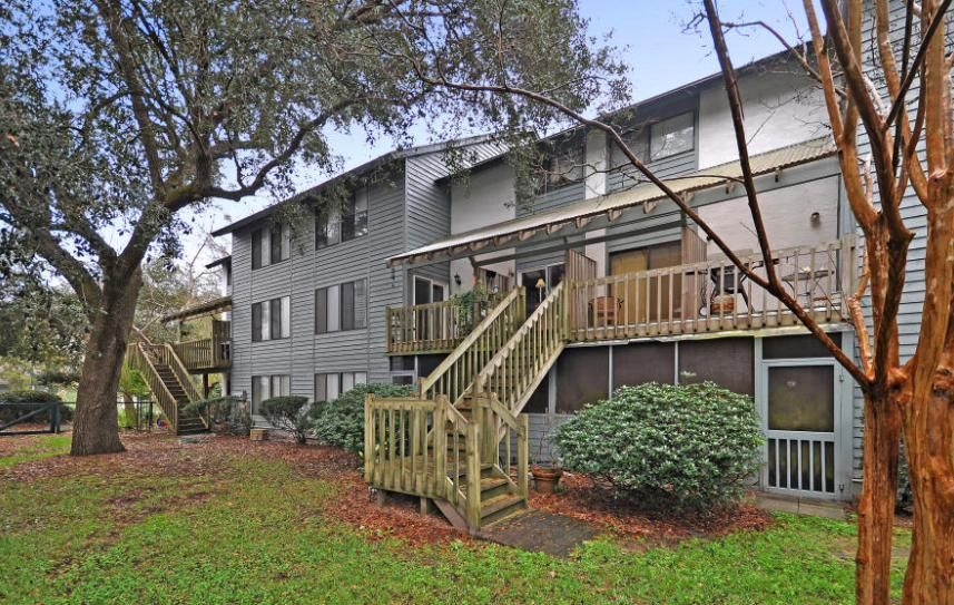 1120  Hidden Cove Drive Mount Pleasant, SC 29464