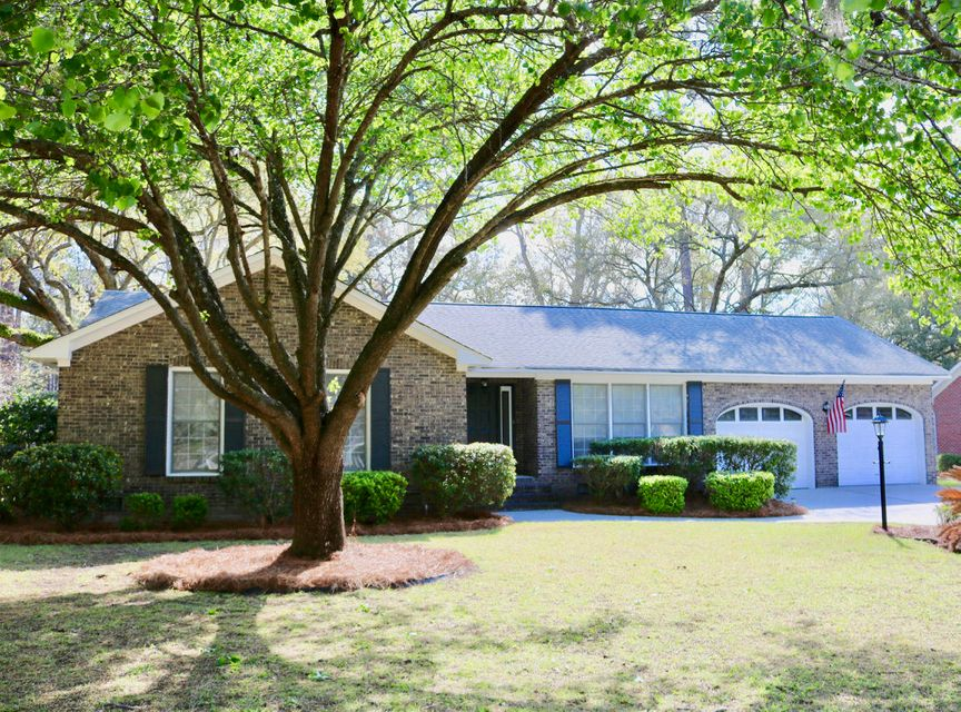 1011  Law Lane Mount Pleasant, SC 29464