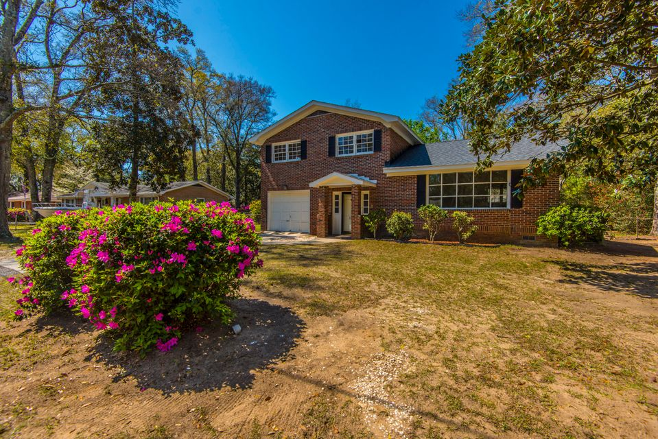 827  Burnett Dr Charleston, SC 29412