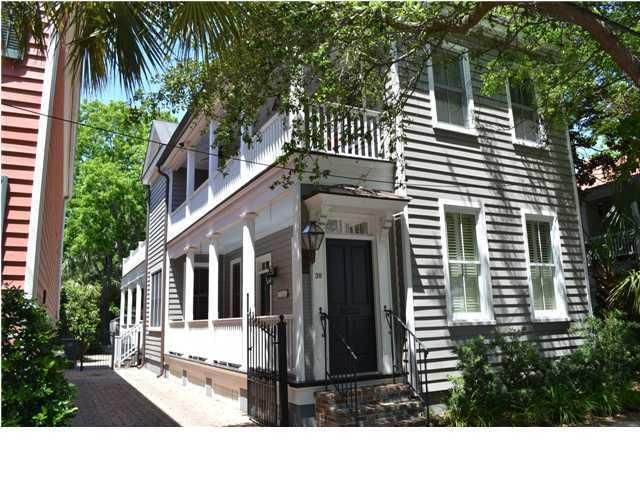 38  Warren Street Charleston, SC 29403