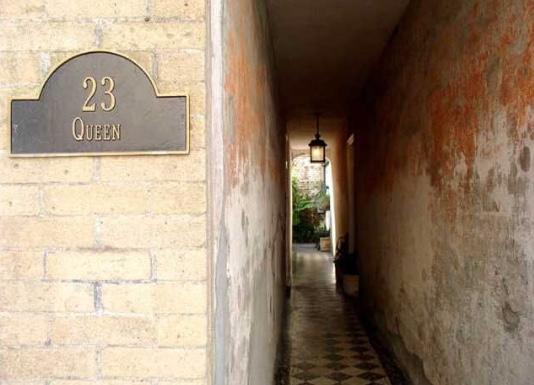23  Queen Street Charleston, SC 29401