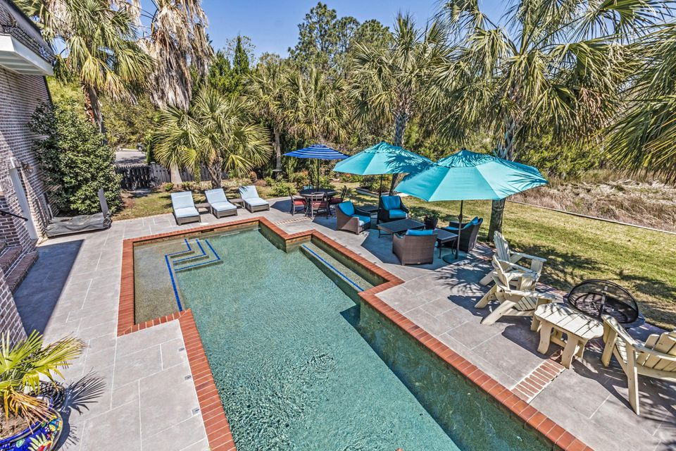 Ellis Oaks Homes For Sale - 828 Mary Rivers, Charleston, SC - 29