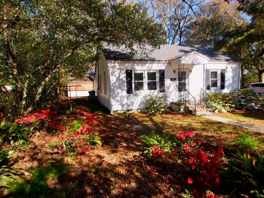 686  Mccants Drive Mount Pleasant, SC 29464