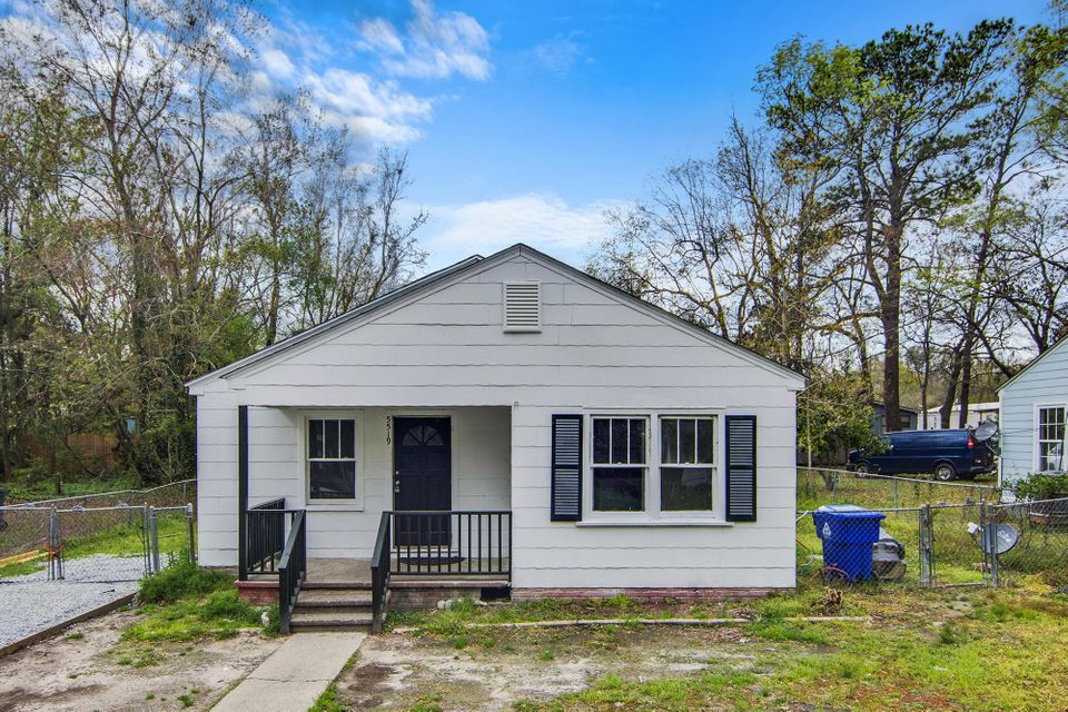 5519  Blackwell Avenue North Charleston, SC 29406