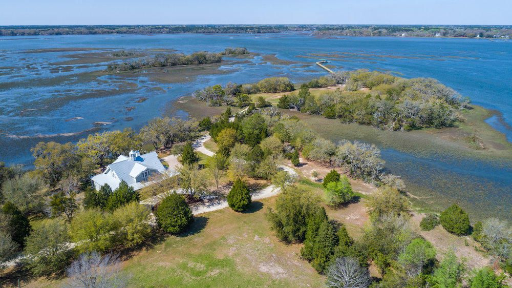 1260 Martins Point Road Wadmalaw Island, SC 29487