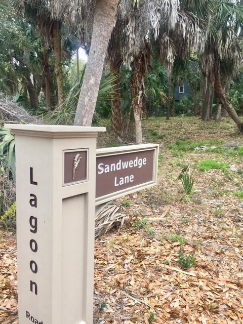 16  Sandwedge Lane Isle Of Palms, SC 29451