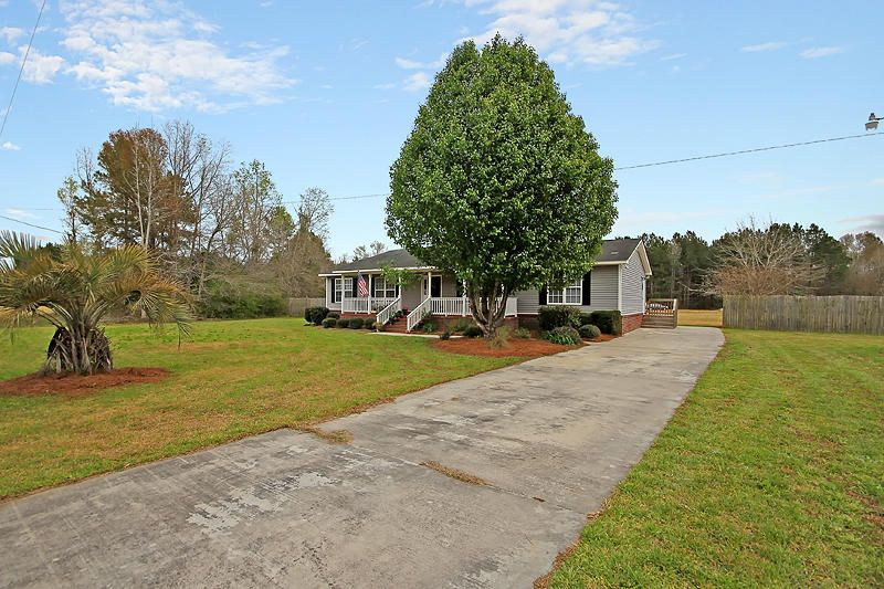 1439 Quaker Road Saint George, SC 29477