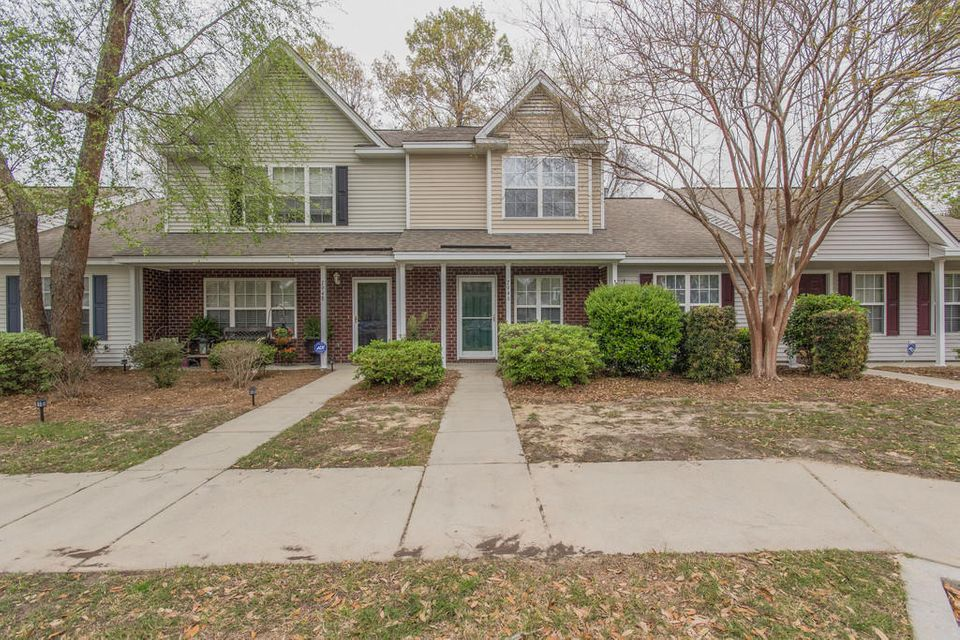7946  Shadow Oak Drive North Charleston, SC 29406