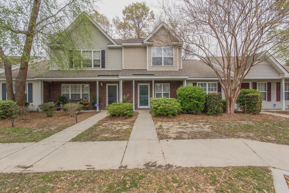 7946 Shadow Oak Drive North Charleston, SC 29406