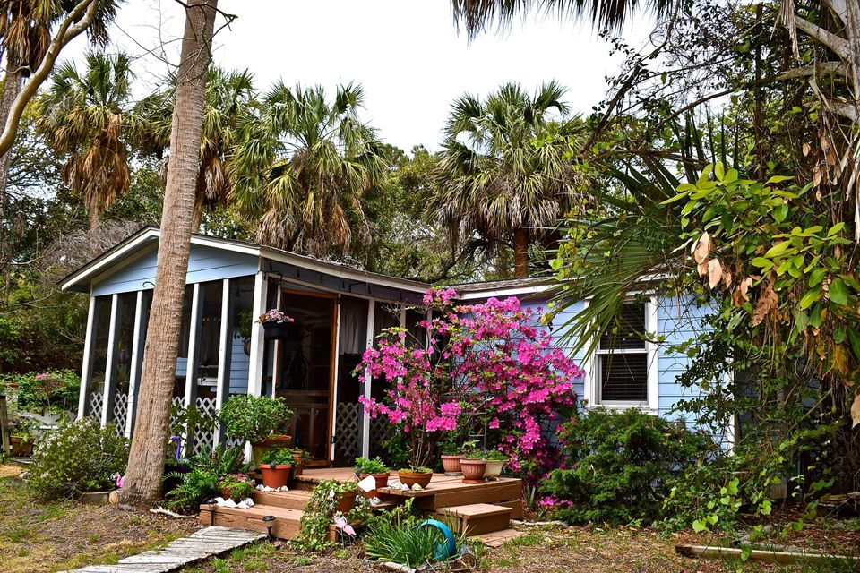 1204 E Ashley Avenue Folly Beach, SC 29439