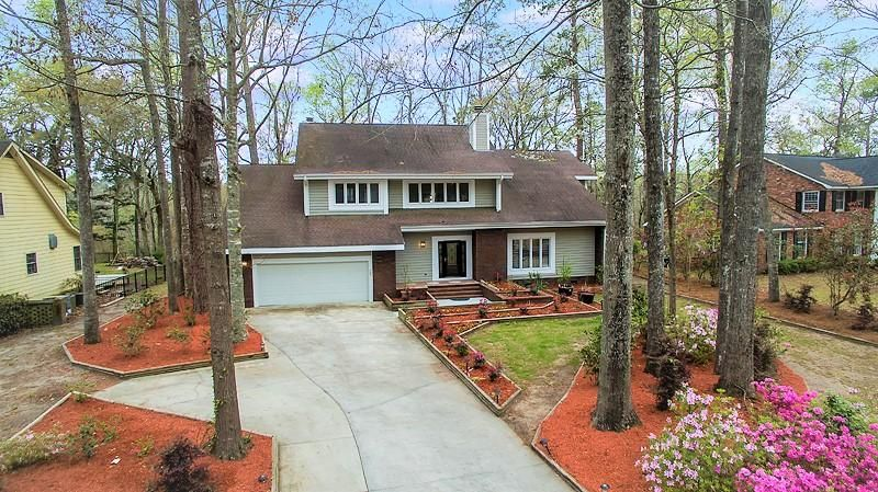 402  Lakeview Drive Summerville, SC 29485