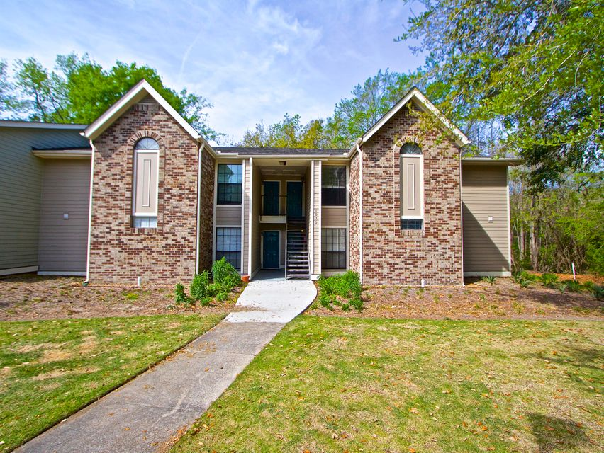 1875 Mountclair Drive Mount Pleasant, SC 29464