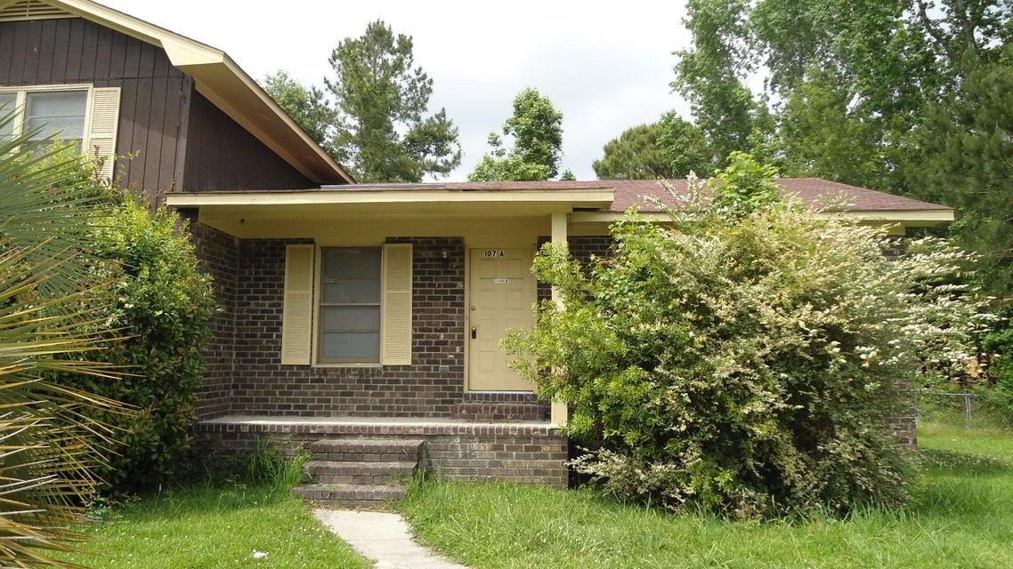 107  Roberta Drive Summerville, SC 29485