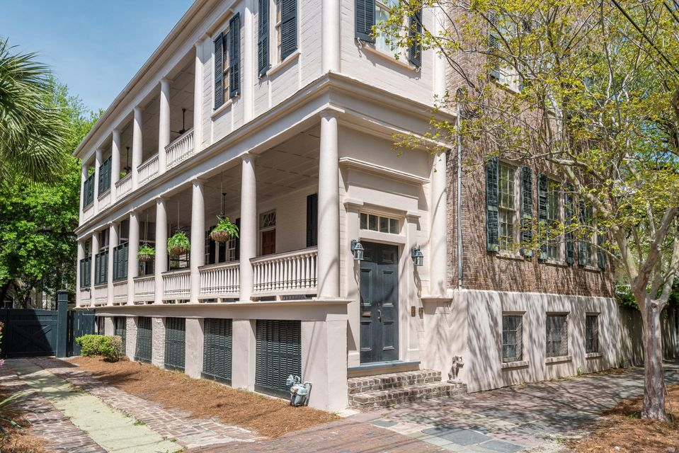 166 Wentworth Street Charleston, SC 29401