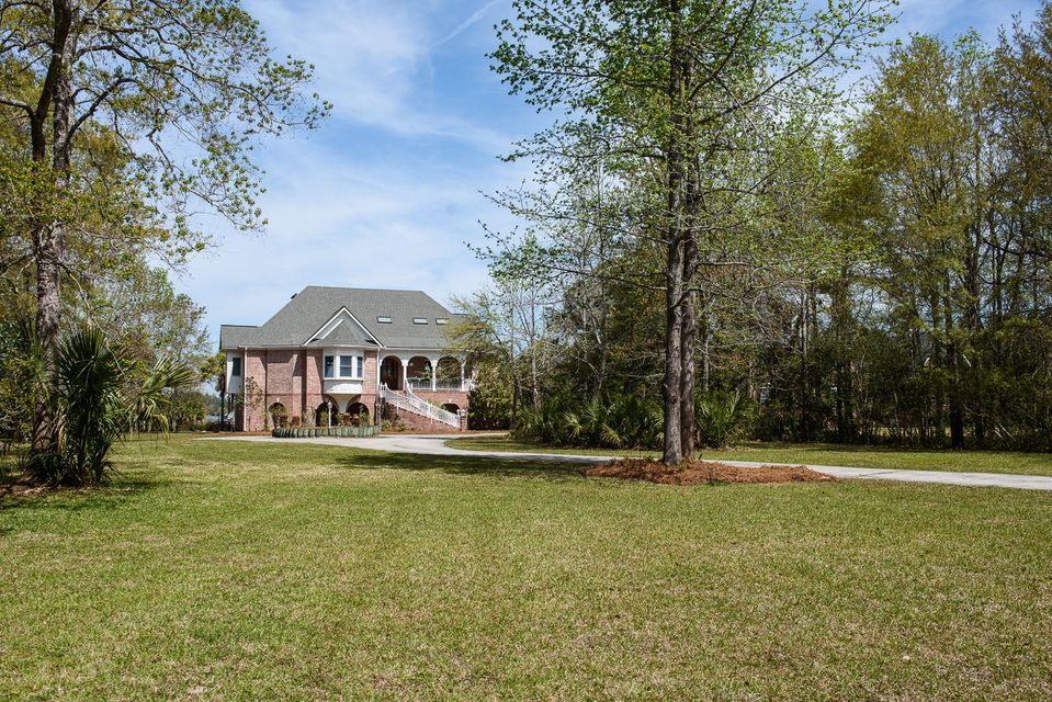 4141 Colonel Vanderhorst Circle Mount Pleasant, SC 29466