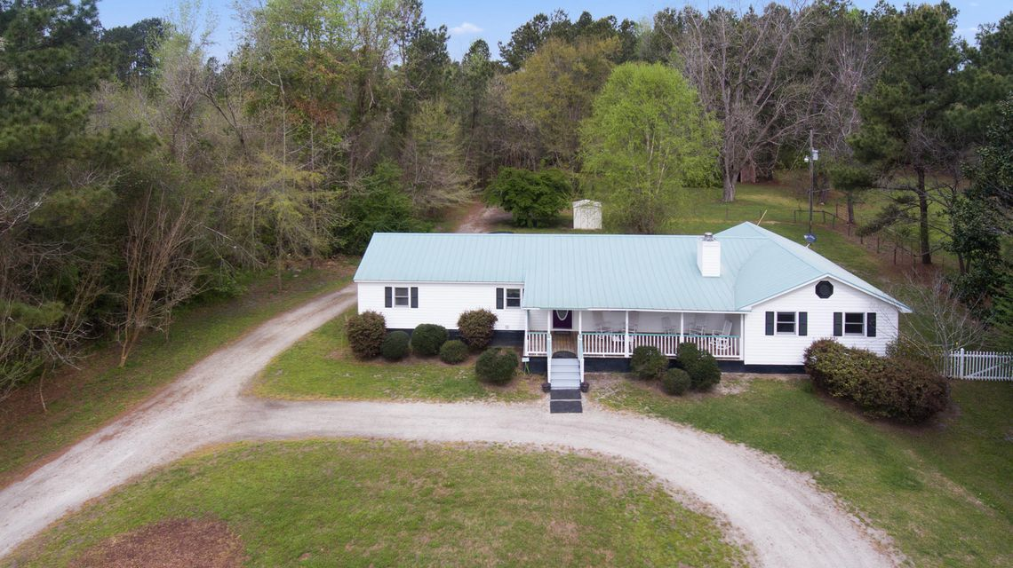 1092 Old Wiggins Road Holly Hill, SC 29059