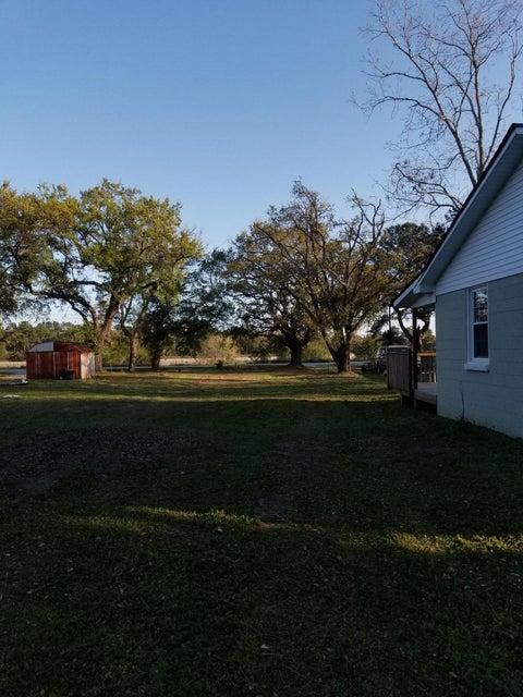 1816 Battery Island Drive Charleston, SC 29412