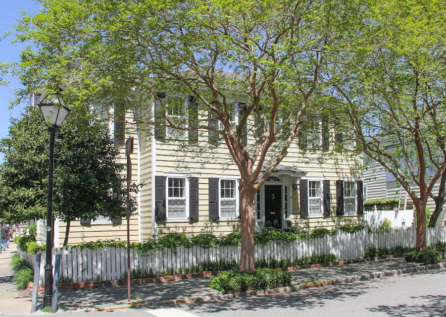14  Atlantic Street Charleston, SC 29401