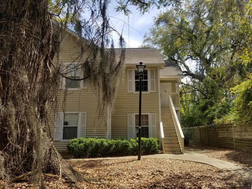 6230 April Pine Circle North Charleston, SC 29406