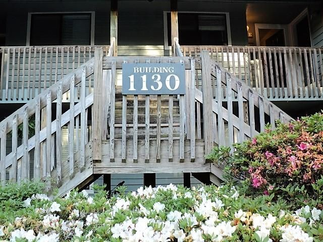 1130 Silent Harbor Court Mount Pleasant, SC 29464