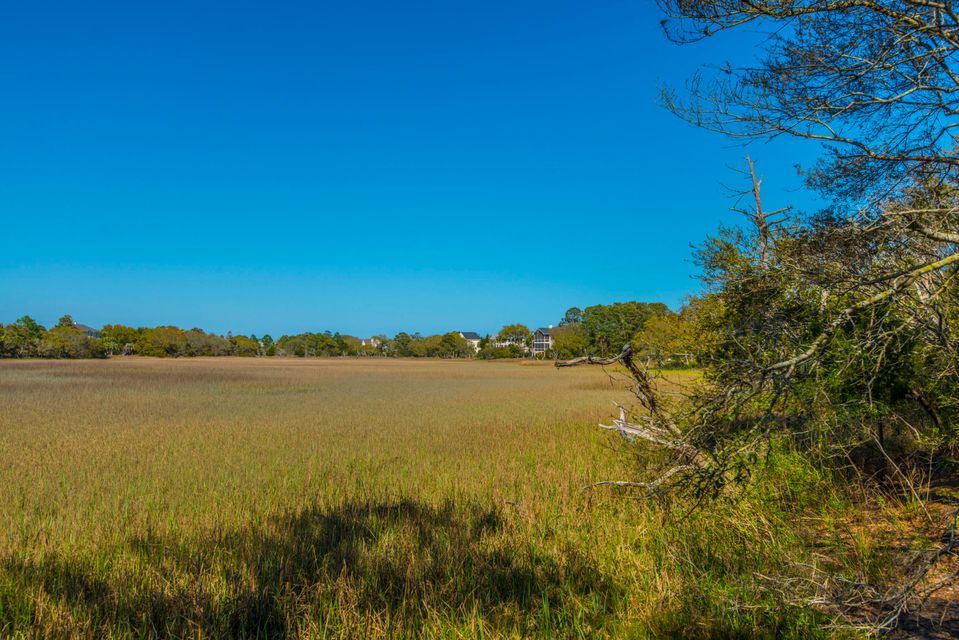 39  Seagrass Lane Isle Of Palms, SC 29451