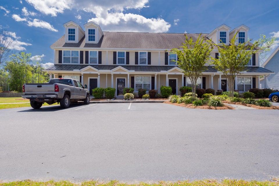 825  Hemingway Circle Summerville, SC 29483