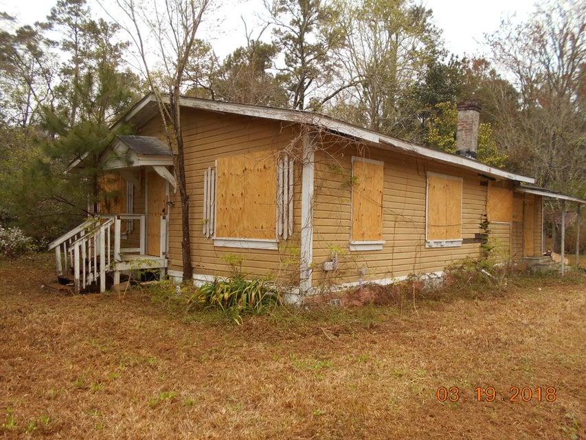 120  Scotch Range Road Summerville, SC 29483