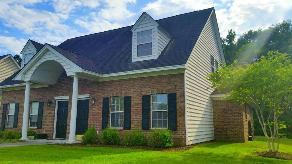 2268  Kings Gate Lane Mount Pleasant, SC 29466