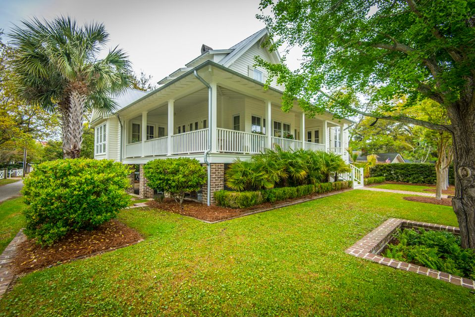 204  Ferry Street Mount Pleasant, SC 29464